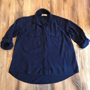 Hollister Girl's Blue Button-Up Shirt M